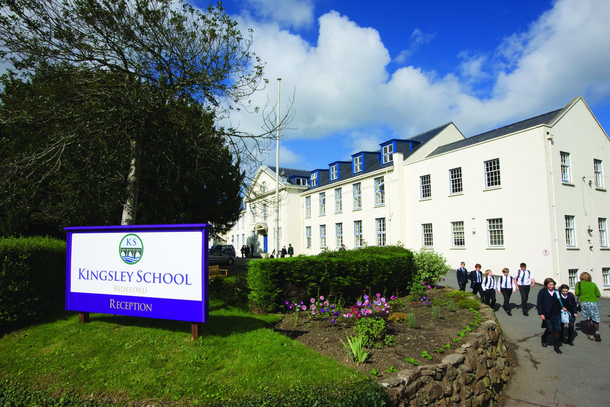 kingsley_school_bideford_uk_main_building.jpg