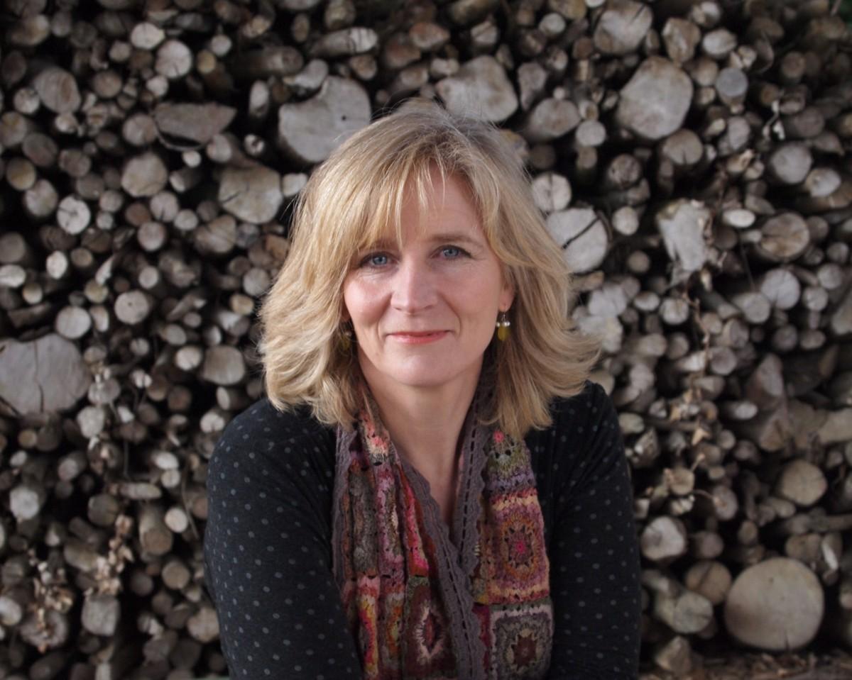 The University of Suffolk's English Department welcomes Amanda Hodgkinson. Source: amandahodgkinson.com