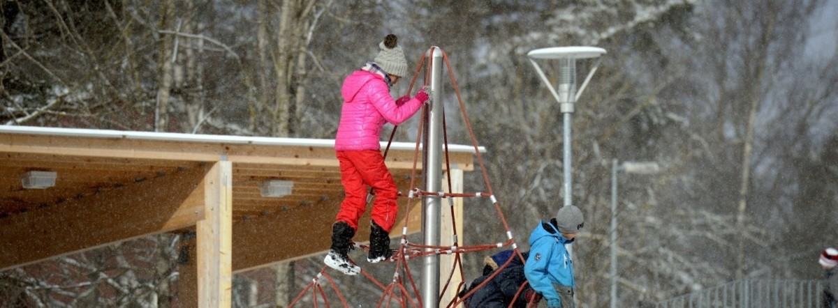 Finland education, playing, winter
