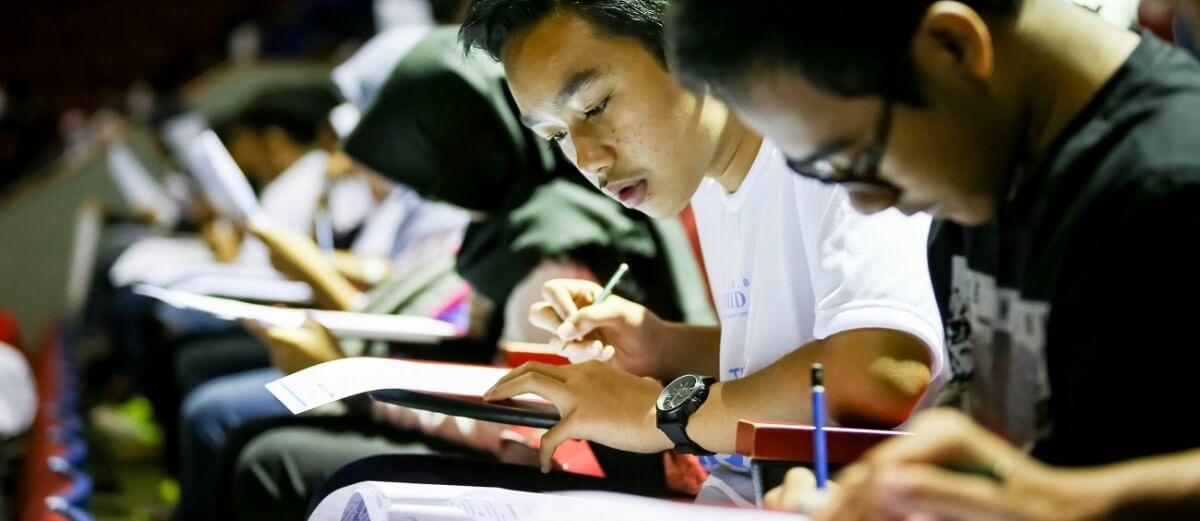 Standardised tests: Are they hampering schools' efforts to teach democracy?