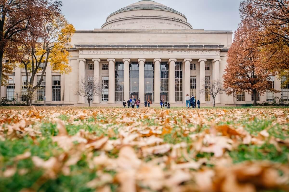 Innovative Universities