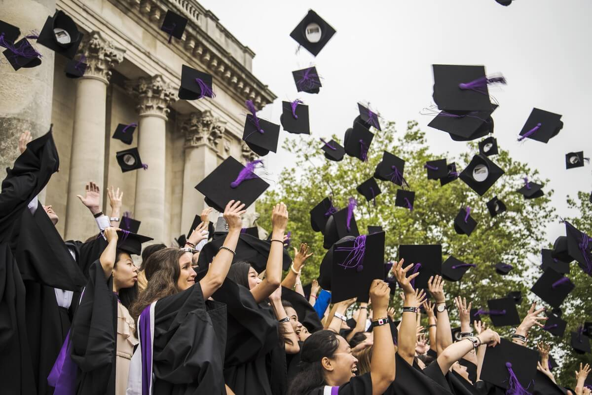 US student debt increased by 107pc last decade