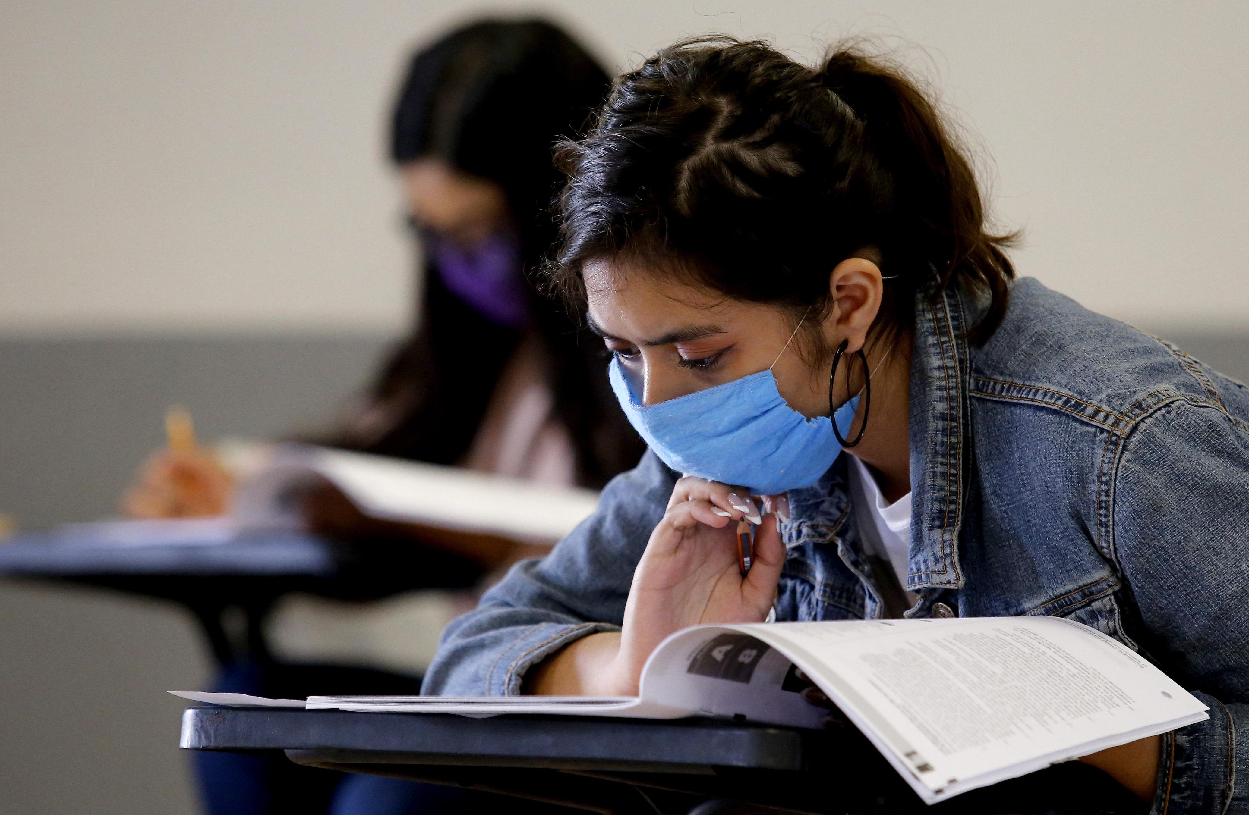 Australian universities offer international students tuition rebates