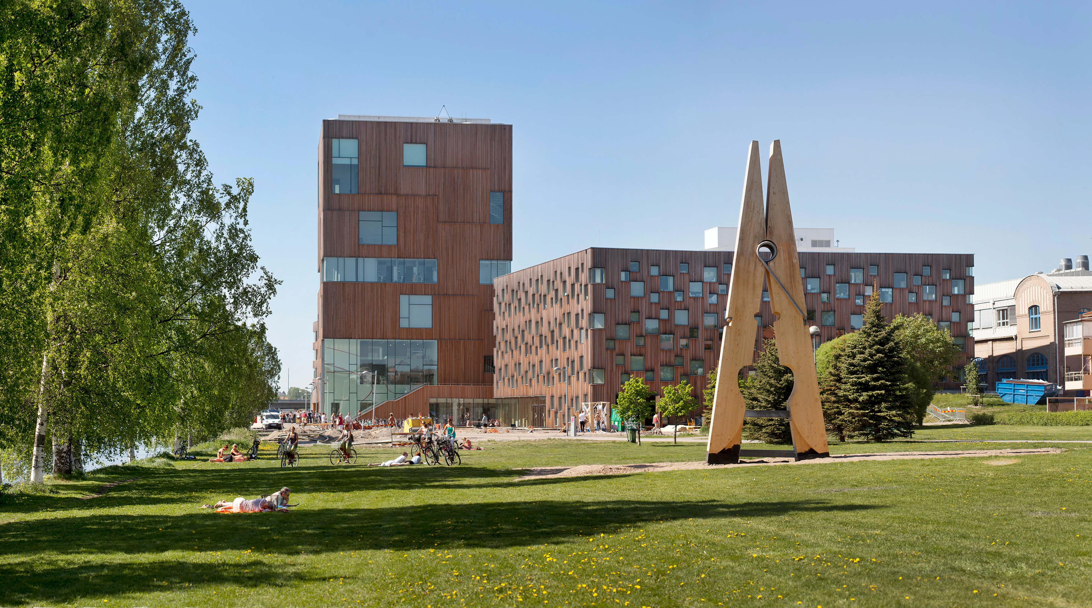 INTERACTIVE CONTENT: Umeå Institute of Design: Degrees that inspire hope