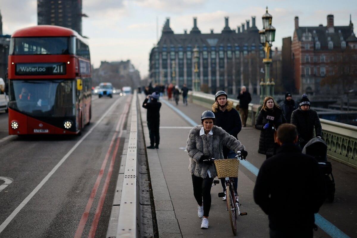 Graduates of top global unis could enter UK under 'high potential' scheme